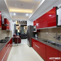 Get Parallel Kitchen Design in Turqouise Color in Delhi NCR - Yagotimber