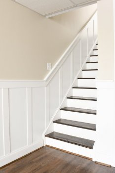 Basement-board-and-batten-stairway-wall-treatment-3005.jpg